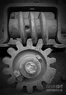 Screw And Gear Bw Art Print