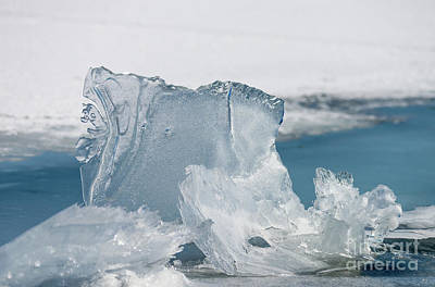 Photograph - Sculpted Block Of Lake Ice by Les Palenik