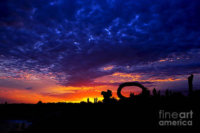 Photograph - Sculpture By The Sea - Sunset Silhouette By Kaye Menner by Kaye Menner
