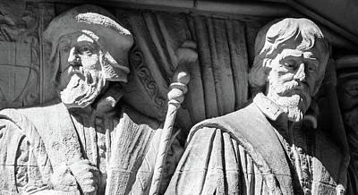 Photograph - Sculpture On Supreme Court Of The United Kingdom J by Jacek Wojnarowski