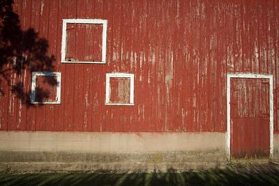 Photograph - Sds Barn by Dylan Punke