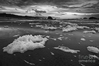 Beach Photograph - Sea Foam On The Beach by Masako Metz