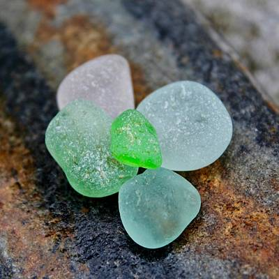 Vetro Photograph - Sea Glass 24 by Judy Bernier