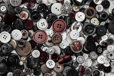 Photograph - Sea Of Buttons by Edgar Laureano