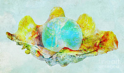 Mixed Media - Seashell With Pearl  by Olga Hamilton