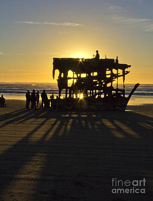 Peter Iredale Photograph - Seafaring Echoes by Betty Doran