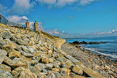 Photograph - Seagate By The Sea by Rick Bragan
