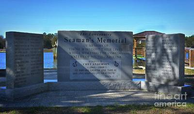 Photograph - Seaman's Memorial by Skip Willits