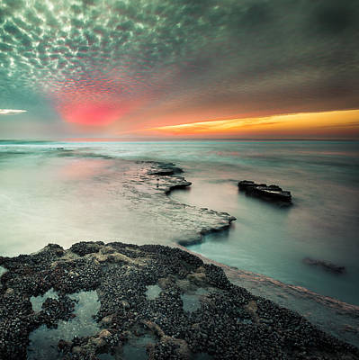 Photograph - Searchlight Sunset by Alexander Kunz