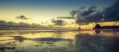 Photograph - Seaside Palette by Don Schwartz