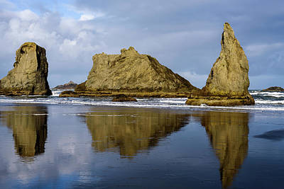 Photograph - Seastack Reflections by Robert Potts
