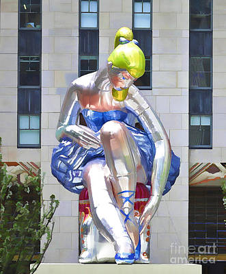 Installation Art Painting - Seated Ballerina At Rockefeller Center 2 by Lanjee Chee