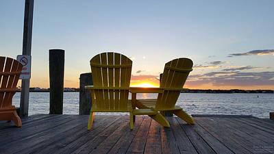 Photograph - Seats For Sunset by Robert Banach