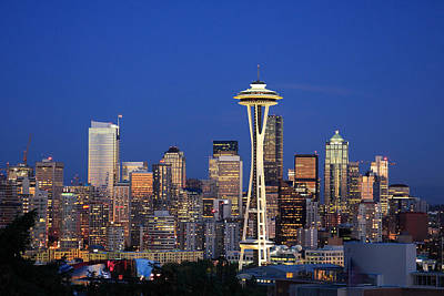 Blue Buildings Photograph - Seattle At Dusk by Adam Romanowicz