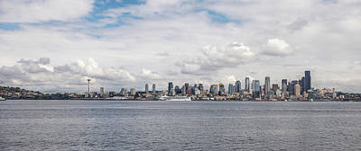 Photograph - Seattle Skyline 1 by Lindy Grasser