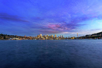 Wall Art - Photograph - Seattle Skyline Along Union Lake by David Gn