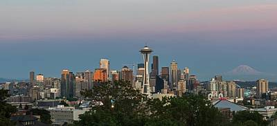 Photograph - Seattle Skyline And Mount Rainer At Twilight by Willie Harper