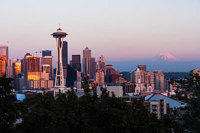 Photograph - Seattle Skyline Evening by Scott Cunningham
