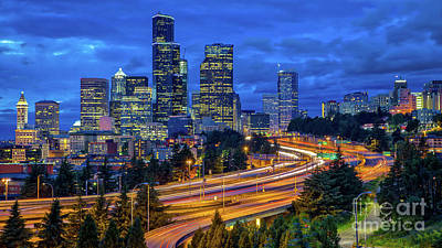 Photograph - Seattle Skyline by Jerry Fornarotto