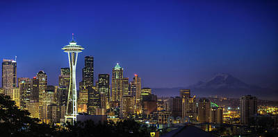 Dawn Photograph - Seattle Skyline by Sebastian Schlueter (sibbiblue)