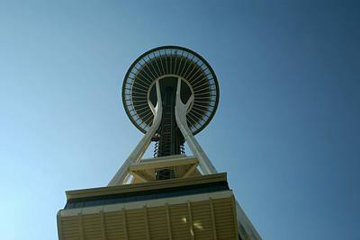 Photograph - Seattle Space Needle by Gary Wonning