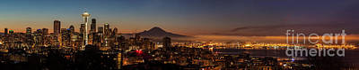 Photograph - Seattle Warm Sunrise From Kerry Park by Mike Reid