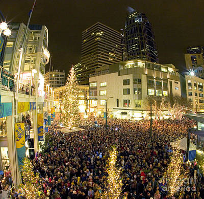 Photograph - Seattle Westlake Tree Lighting by Peter Simmons