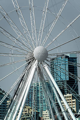 Photograph - Seattle's Great Wheel by Deborah Klubertanz