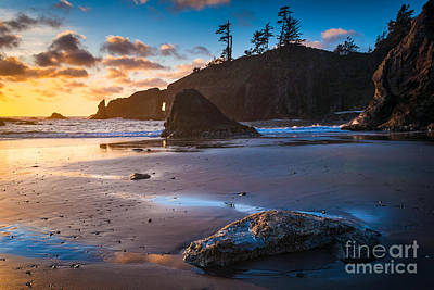 Olympic National Park Photograph - Second Beach Sunset by Inge Johnsson