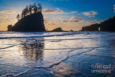 Olympic National Park Photograph - Second Beach Waves by Inge Johnsson
