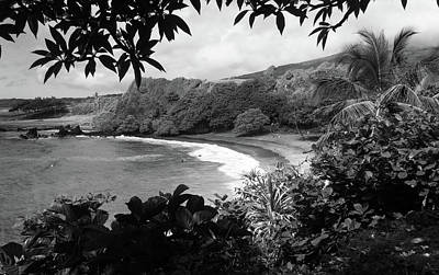 Hawaiin Photograph - Secret Beach Black And White by Sierra Vance