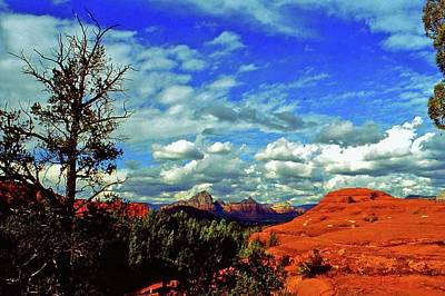 Photograph - Sedona Capitol Butte by Gary Wonning