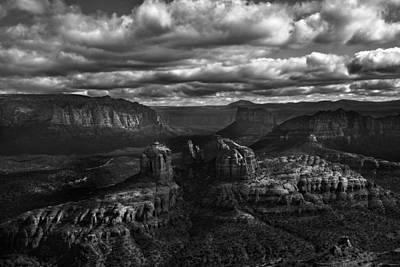 Sedona Pillars Art Print by Isabel Menzel