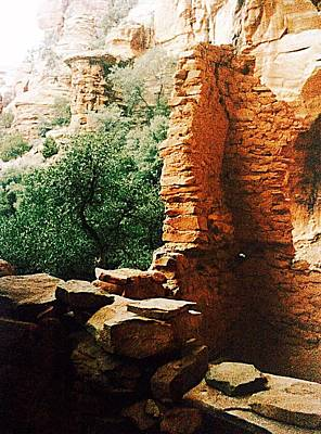 Photograph - Sedona Red Rocks Ruins by Ellen Levinson