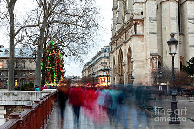 Photograph - Seeing Red In Paris by John Rizzuto