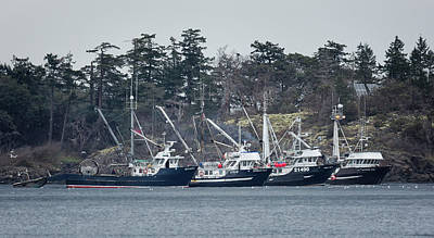 Photograph - Seiners In Nw Bay by Randy Hall