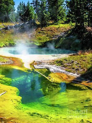 Seismograph Pool In Yellowstone Art Print