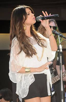 At A Public Appearance Photograph - Selena Gomez At A Public Appearance by Everett