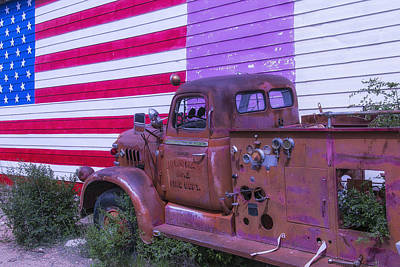 Aging Photograph - Seligman Fire Dept Engine by Garry Gay