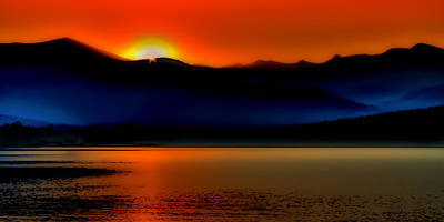 Photograph - Selkirk Sunrise On Priest Lake by David Patterson