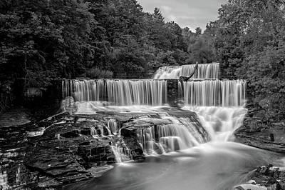 Photograph - Seneca Mills Fall  -  Senecamillsfallblkwhi172265 by Frank J Benz