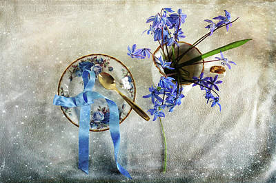 Serving You Blue Art Print by Randi Grace Nilsberg