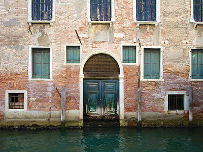 Photograph - Sestieri Cannaregio 1 by David and Patricia Beebe