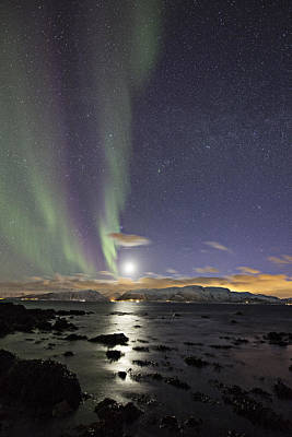 Arctic Photograph - Setting Moon by Frank Olsen