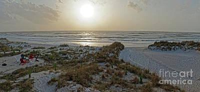 Photograph - Setting Sun On The Beach by Paul Mashburn