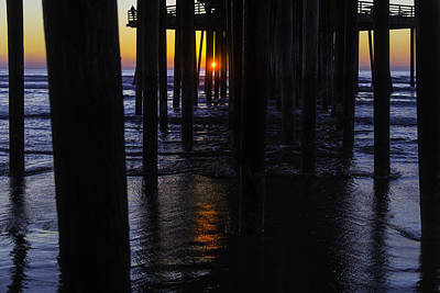 Luis Photograph - Setting Sun Pismo Beach by Garry Gay
