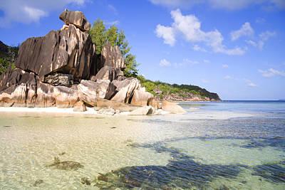 Seychelles Rocks Art Print