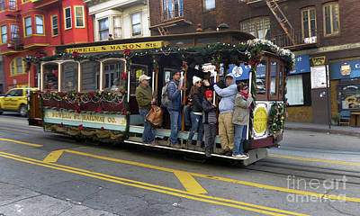 Photograph - Sf Cable Car Powell And Mason Sts by Steven Spak