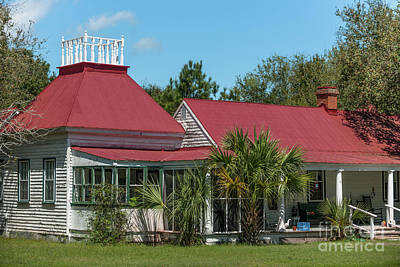 Photograph - Shabby Chic Home On Sullivan's Island Sc by Dale Powell