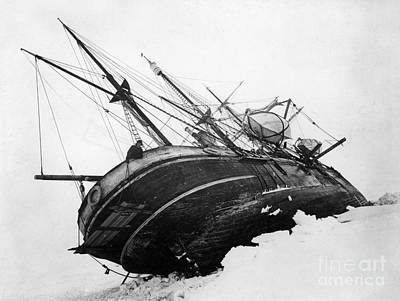 Photograph - Shackleton Expedition C1915 by Granger
